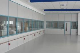 Teilglaselement Lager mit innenliegender Elektroverteilung (Trennwände, Trennwand, Teilglas, Teilverglast)